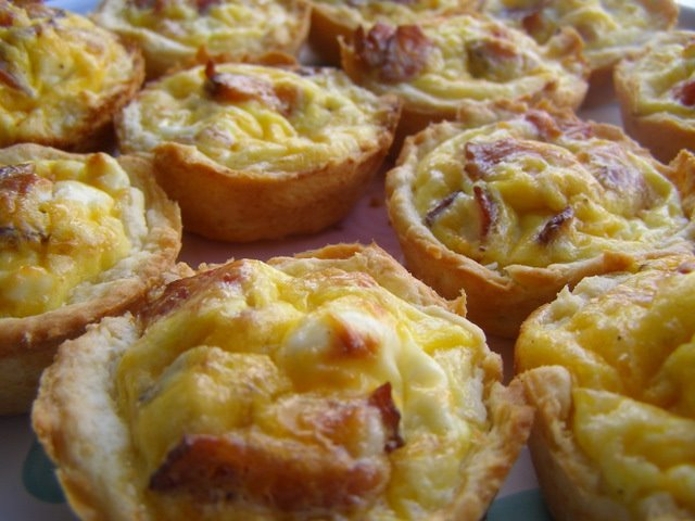 Bacon, Cheese & Egg Biscuit Cups